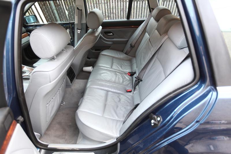 BMW-Wagon-19