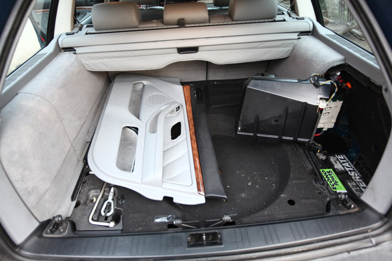 BMW-Wagon-21