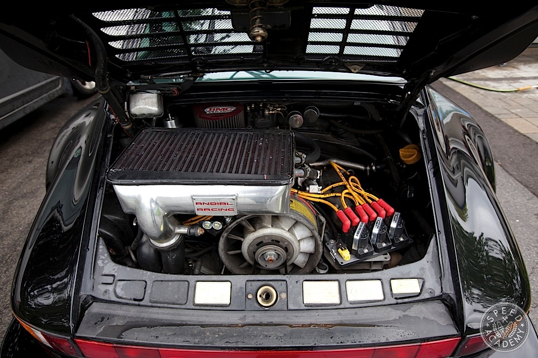 Air Cooled Porsche 930 Turbo Madness Speed Academy