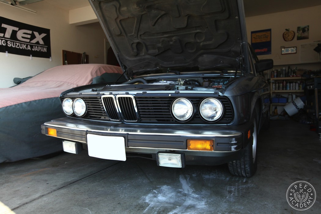BMW-e28-euro-headlight-conversion-01
