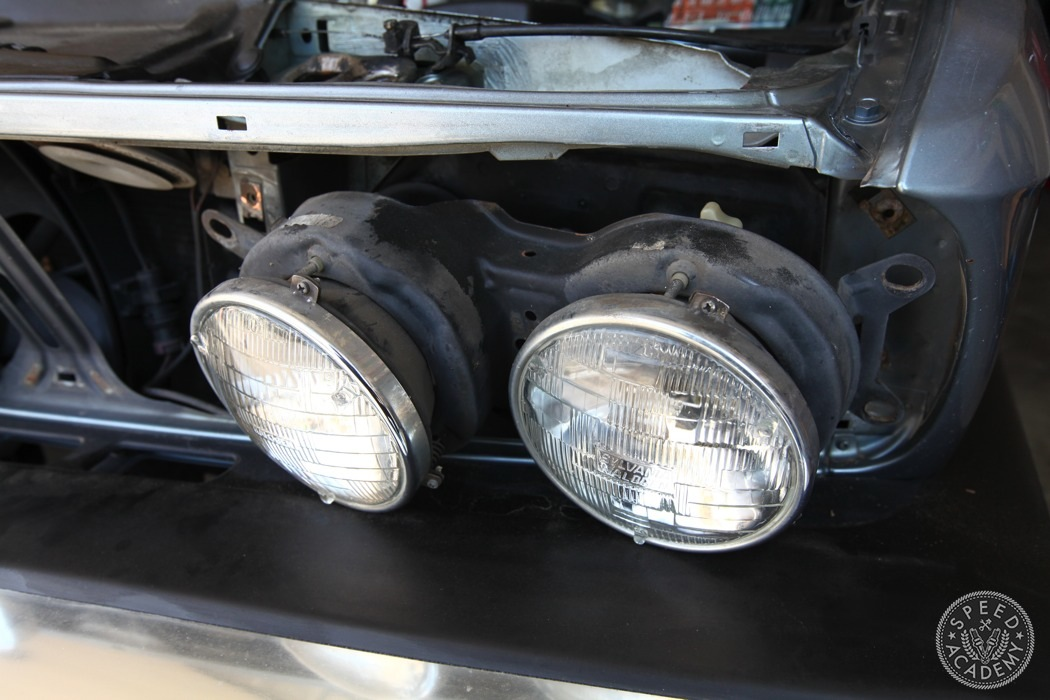 BMW-e28-euro-headlight-conversion-07
