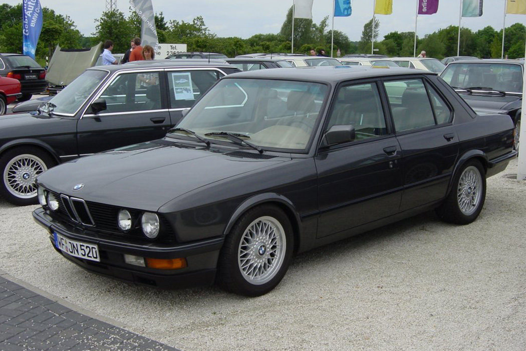 BMW-e28-euro-headlight-conversion-18