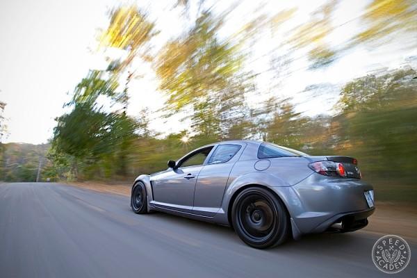 Mazda-RX8-Intro-01
