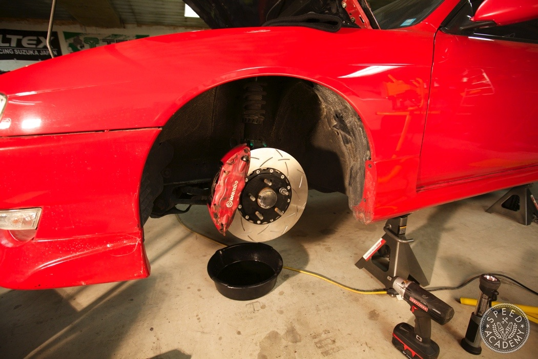 Evo-brembo-big-brake-upgrade-nissan-240sx-013