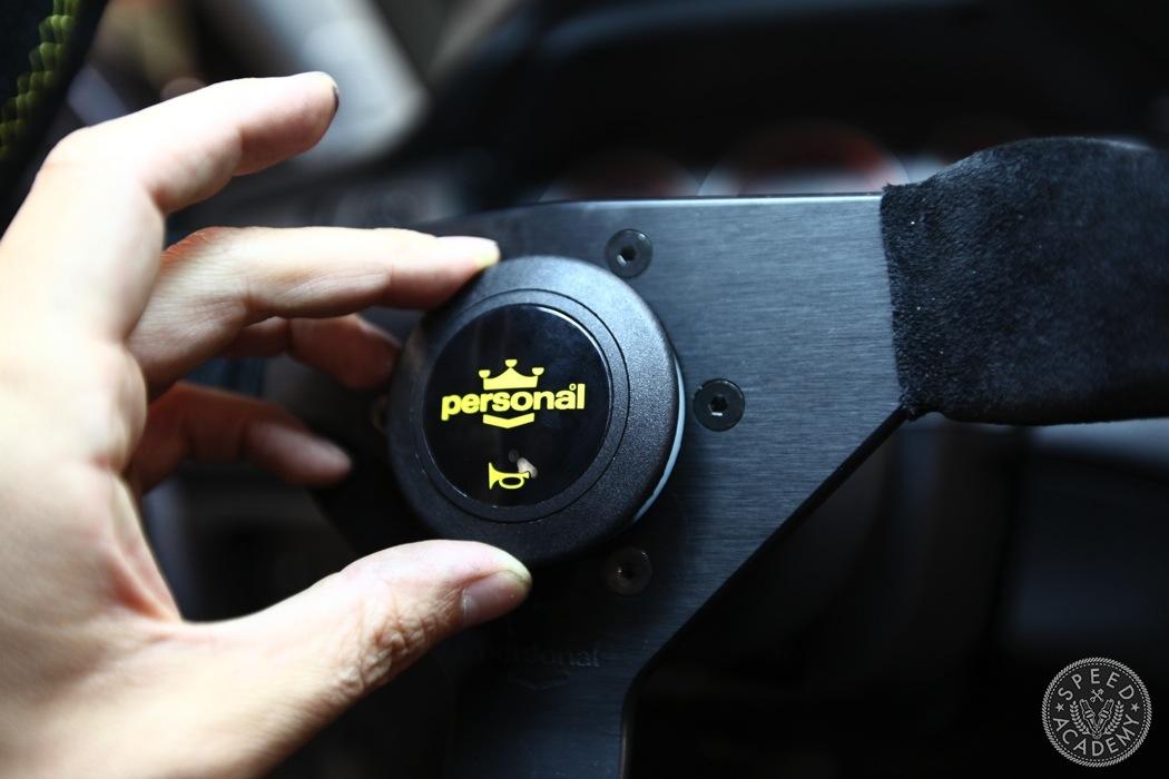 aftermarket-steering-wheel-install-evo-032