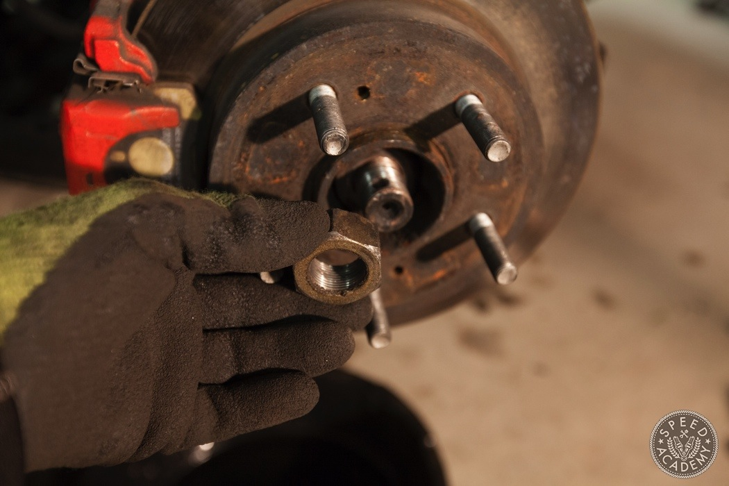 nissan-300ZX-Rear-brake-conversion-006