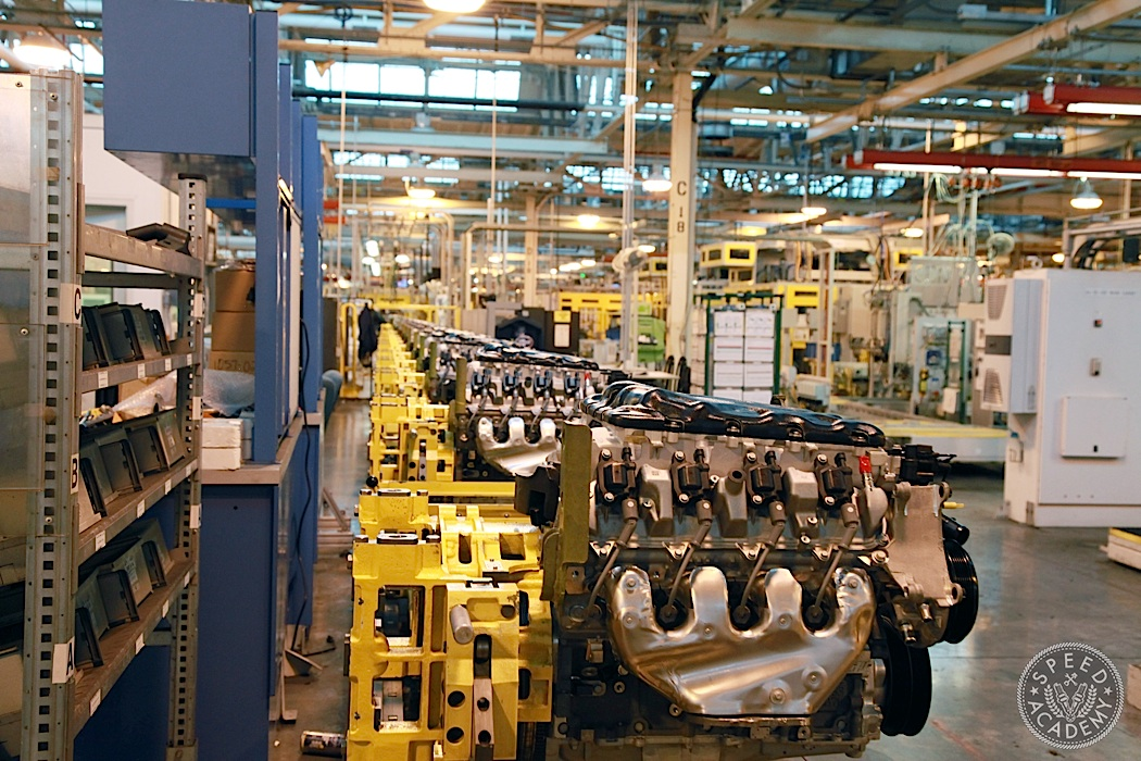 GM-Engine-Plant-Tour-05