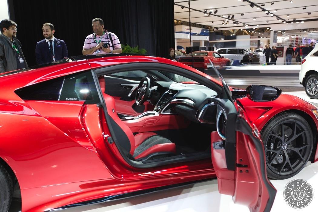 Acura-NSX-hybrid-AWD-001