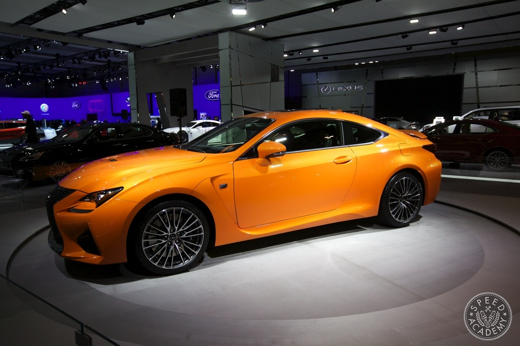 Lexus-RCF-v8-orange-011