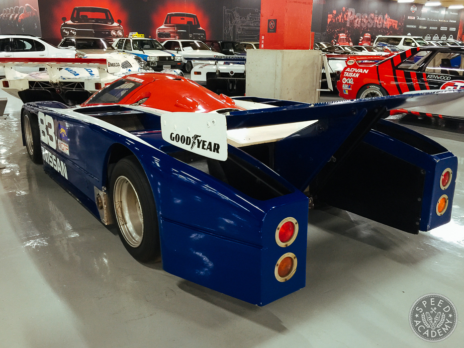 Nissan-Heritage-Collection-40