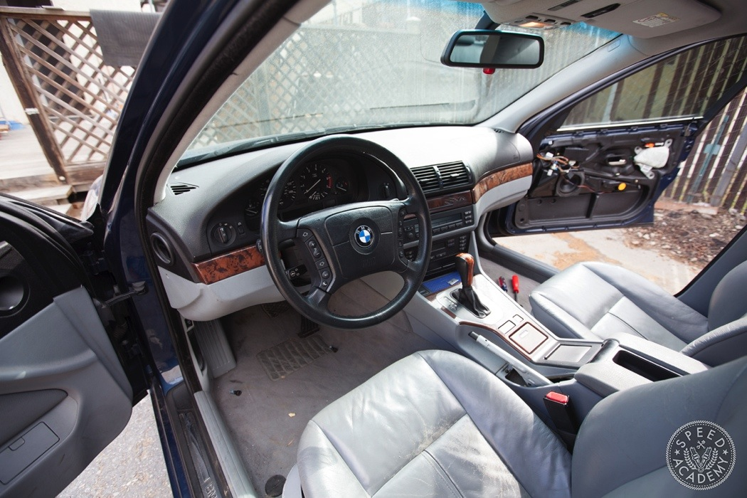 BMW-e39-interior-swap037
