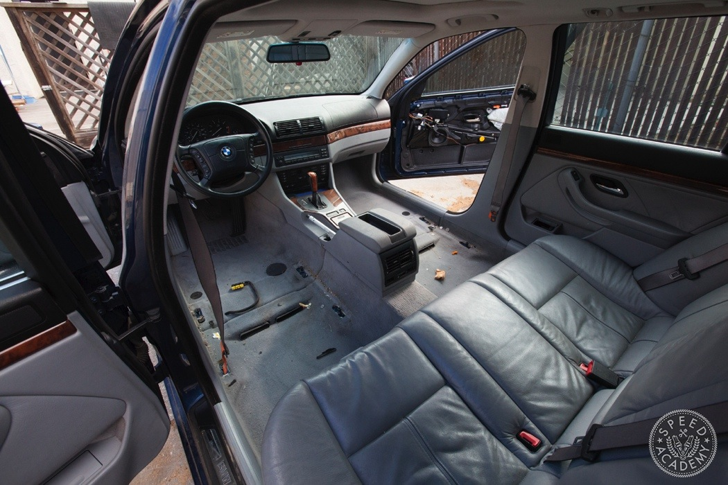 BMW-e39-interior-swap044