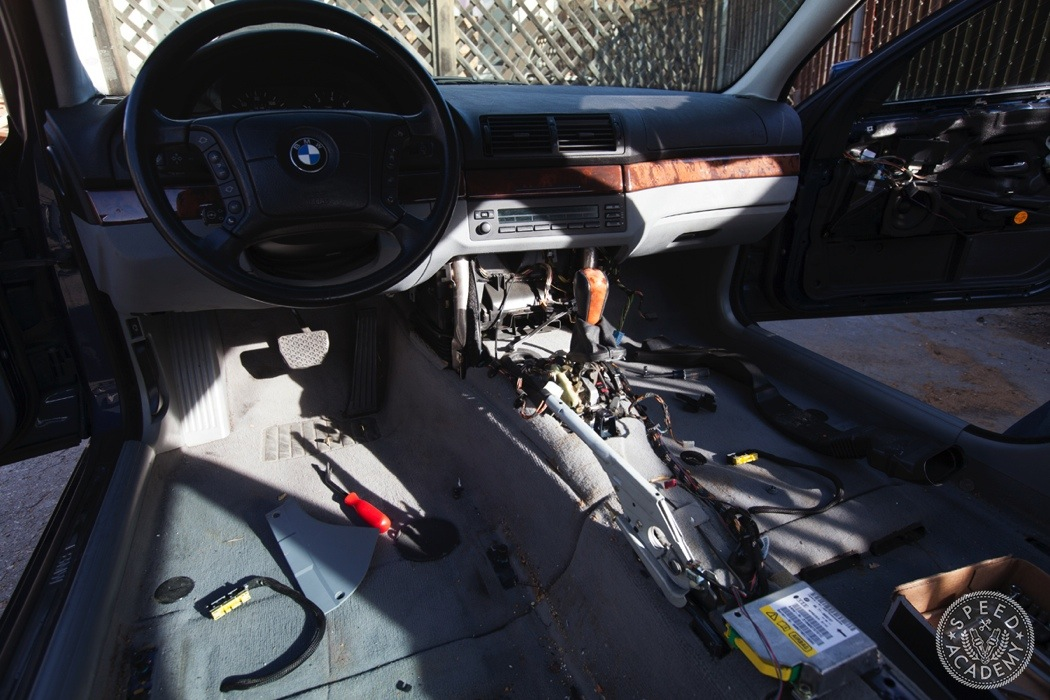 BMW-e39-interior-swap063