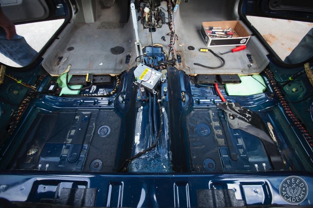 BMW-e39-interior-swap065