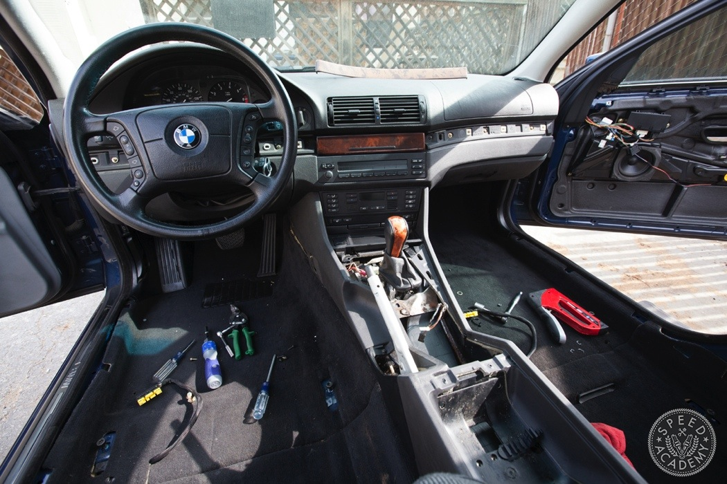 BMW-e39-interior-swap083