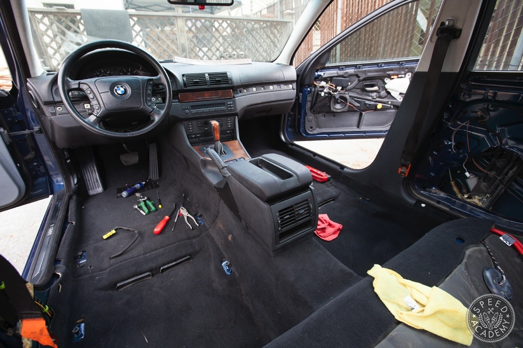 From Grey To Black Bmw E39 Interior Swap Speed Academy