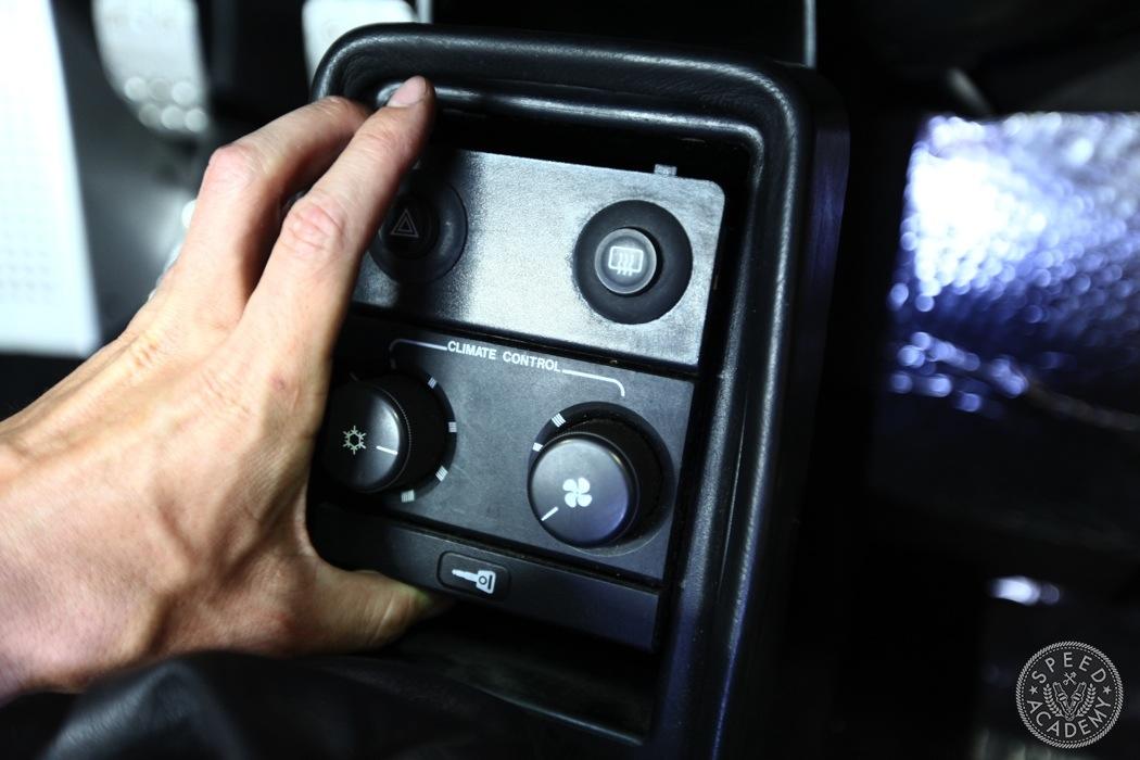 porsche-911-930-wevo-shifter-install-008