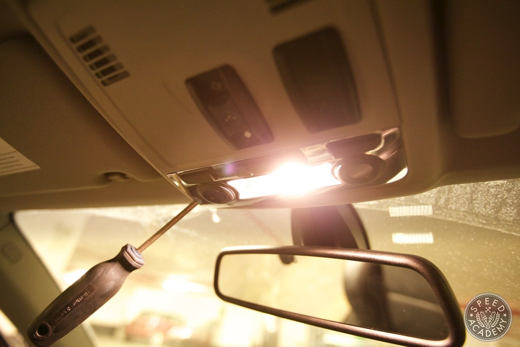 BMW-e90-e92-bluetooth-handsfree-sirius-radio-module039