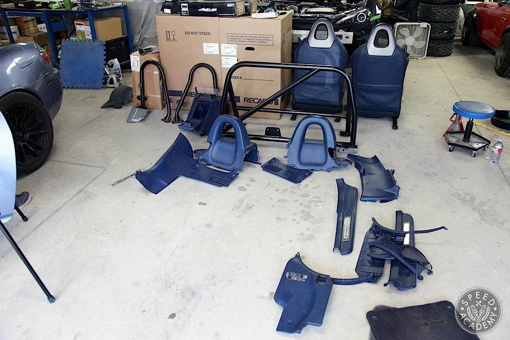 Honda-S2000-Rollbar-Install-03