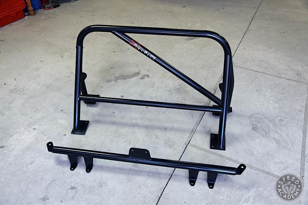 Honda-S2000-Rollbar-Install-07