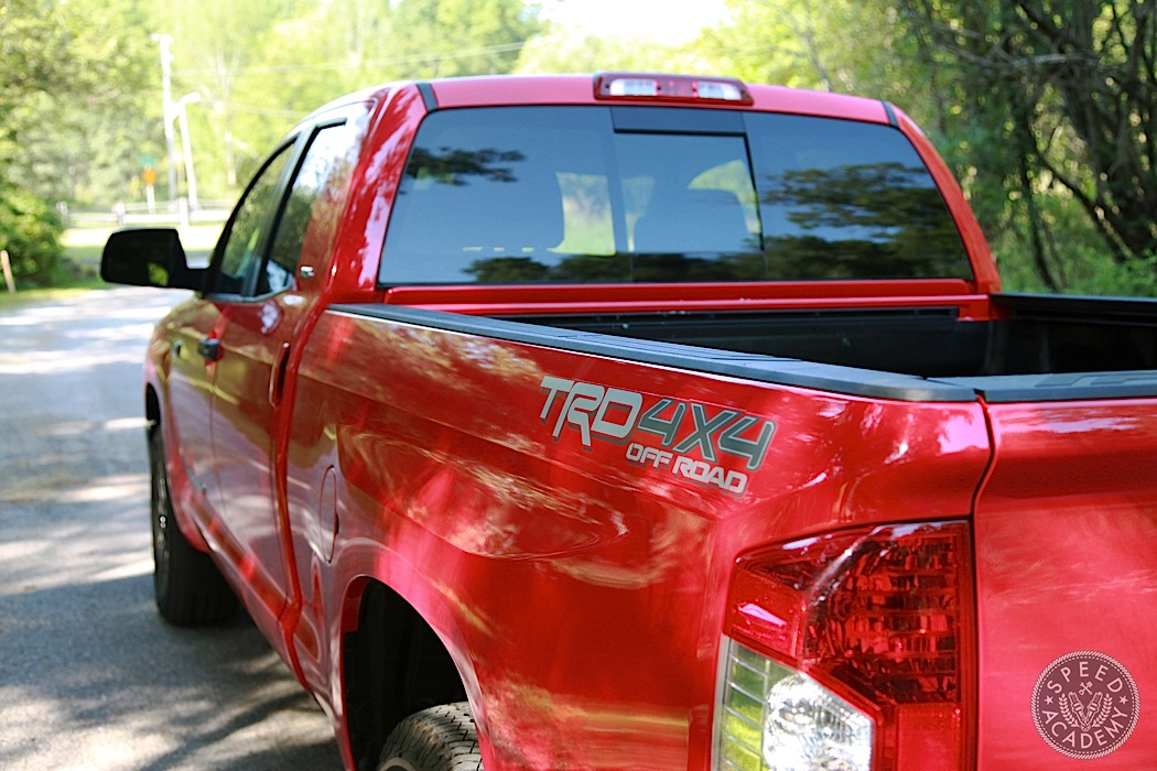 Toyota-Tundra-Review-06
