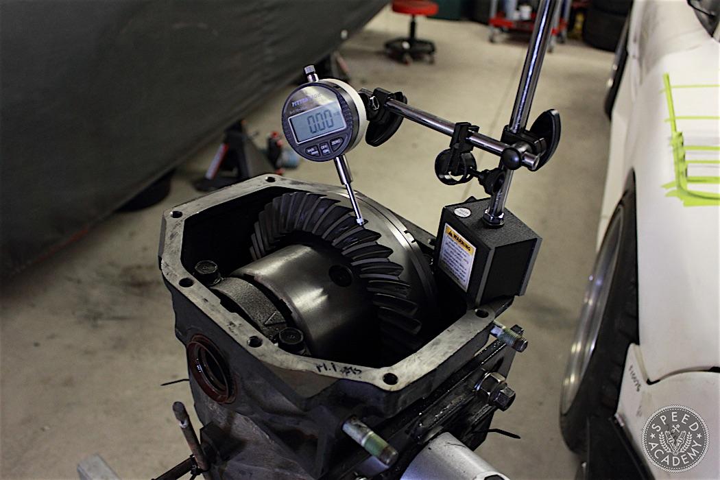 Mazda-RX7-ATS-Carbon-LSD-Install-06