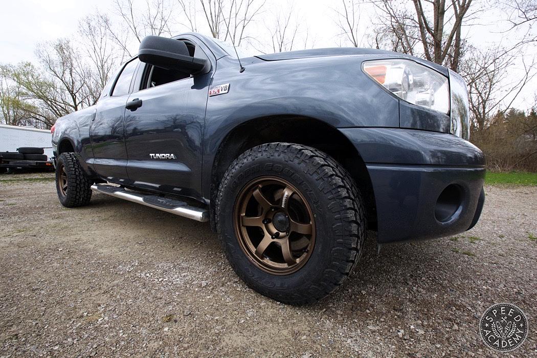 Toyota-Tundra-Volk-TE37-Toyo-Open-Country-K&N-06