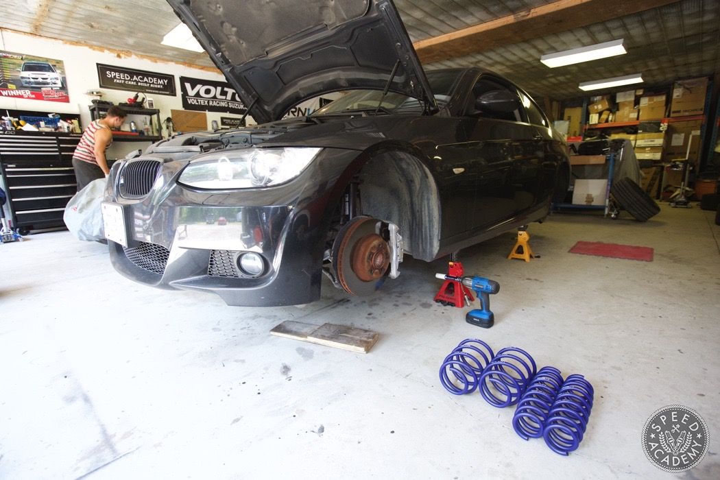 bmw-e90-e92-lowering-how-to-install-007