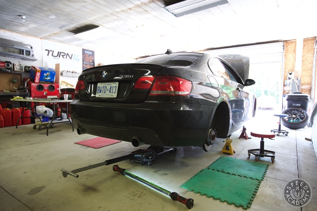 bmw-e90-e92-lowering-how-to-install-010