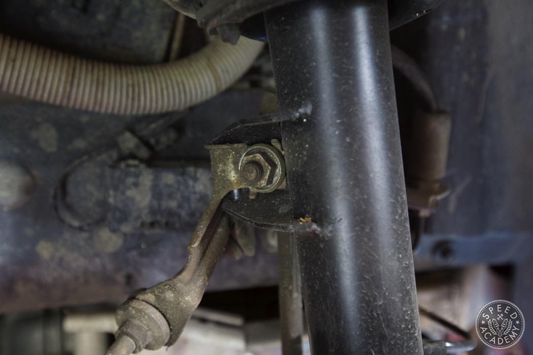 bmw-e90-e92-lowering-how-to-install-064