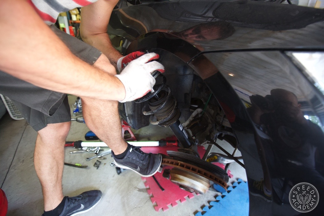 bmw-e90-e92-lowering-how-to-install-106
