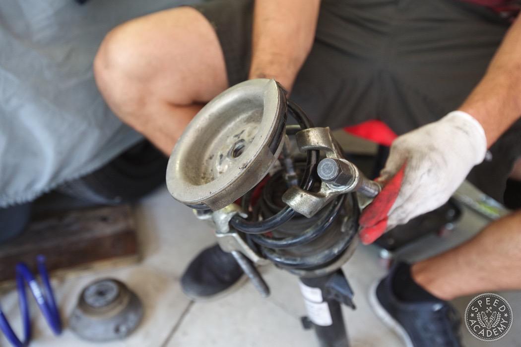 bmw-e90-e92-lowering-how-to-install-124