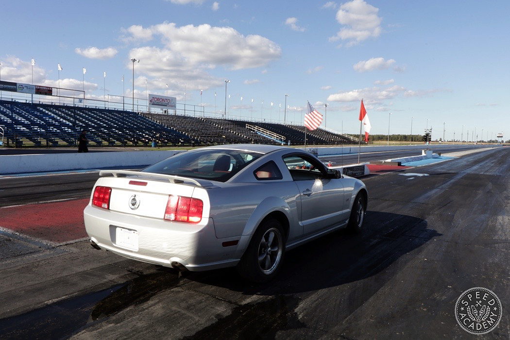 ford-mustang-s197-intro-001