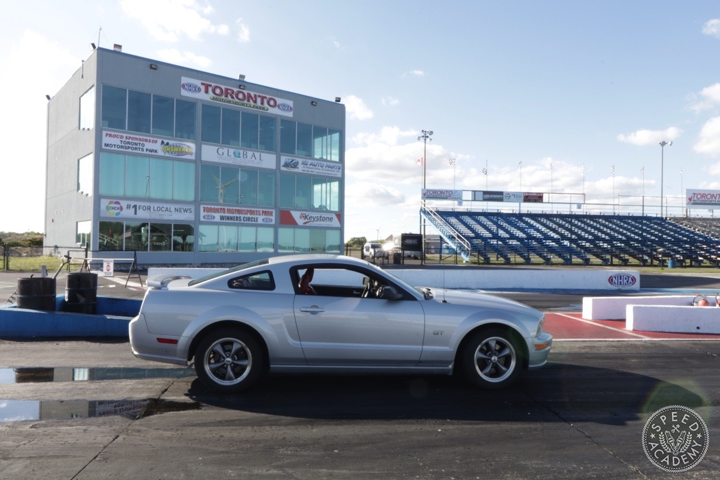 ford-mustang-s197-intro-003